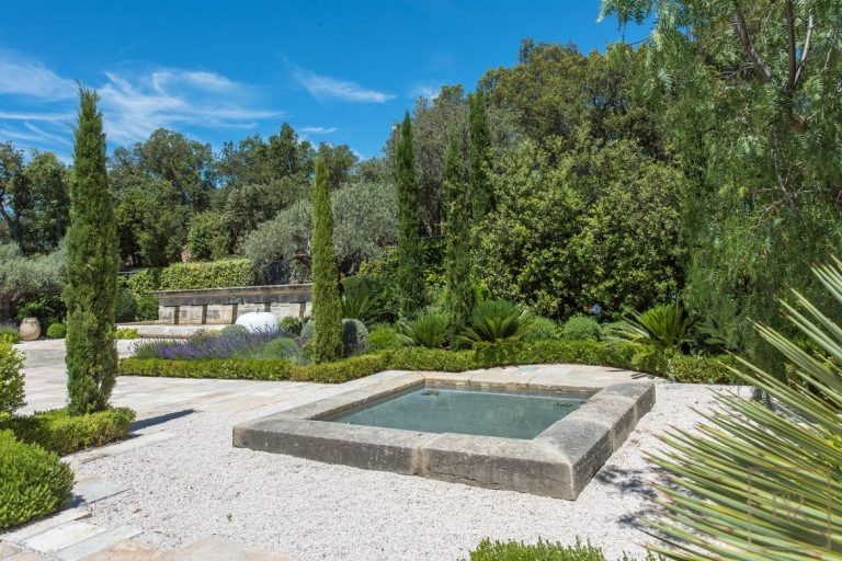 Ultra luxury house Grimaud France for rent holiday French riviera