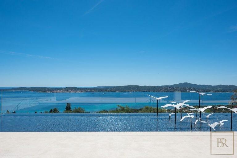 Villa Best View Gulf St-Tropez 6 BR - Grimaud, French Riviera price rental For Super Rich