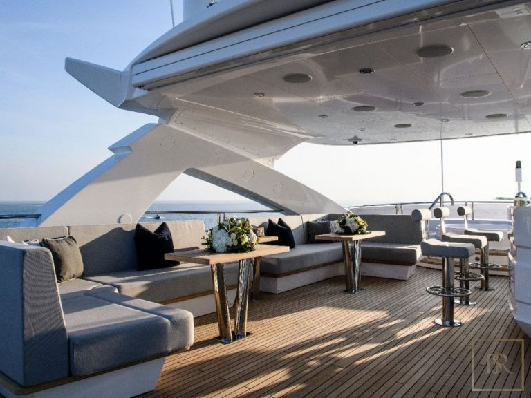 Sunseeker BERCO VOYAGER 40 Meters travel charter rental For Super Rich