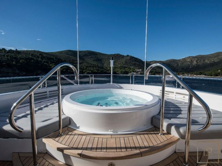 Sunseeker BERCO VOYAGER 40 Meters classified ads charter rental For Super Rich