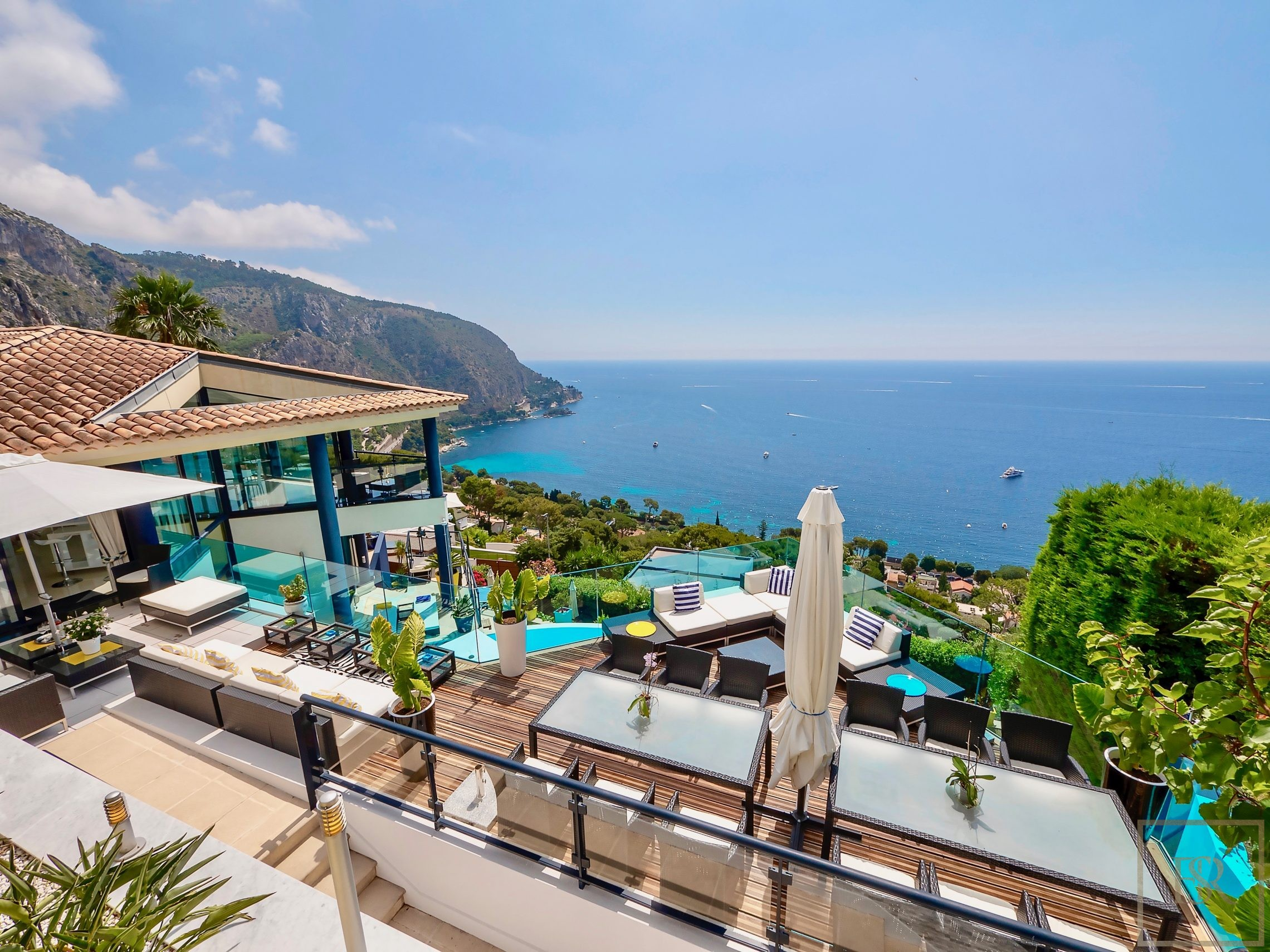 For super rich ultra luxury real estate properties homes, most expensive houses, buy unique penthouse apartment and ultimate villa in ÈZE  France for sale French riviera