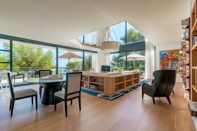 Ultra luxury property Saint-Jean-Cap-Ferrat France for rent holiday French riviera