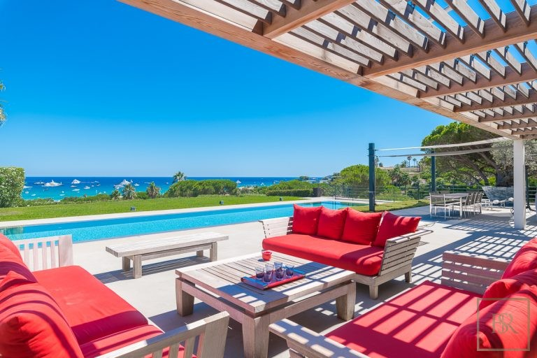 For super rich ultra luxury Villa St Tropez - Pampelonne France for rent holiday French riviera