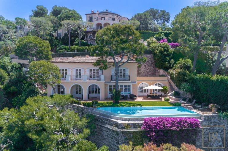 For super rich villa Saint-Jean-Cap-Ferrat France for rent holiday French riviera