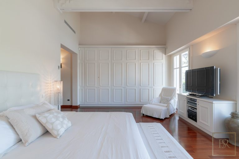 Ultra luxury prestigious villas Saint-Jean-Cap-Ferrat France for rent holiday French riviera