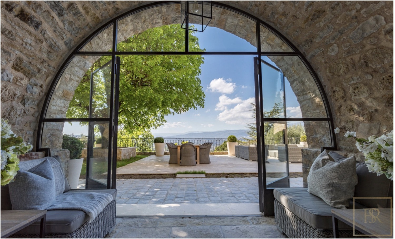 House splendide 5 BR Heart Old Village - Mougins, French Riviera rental For Super Rich