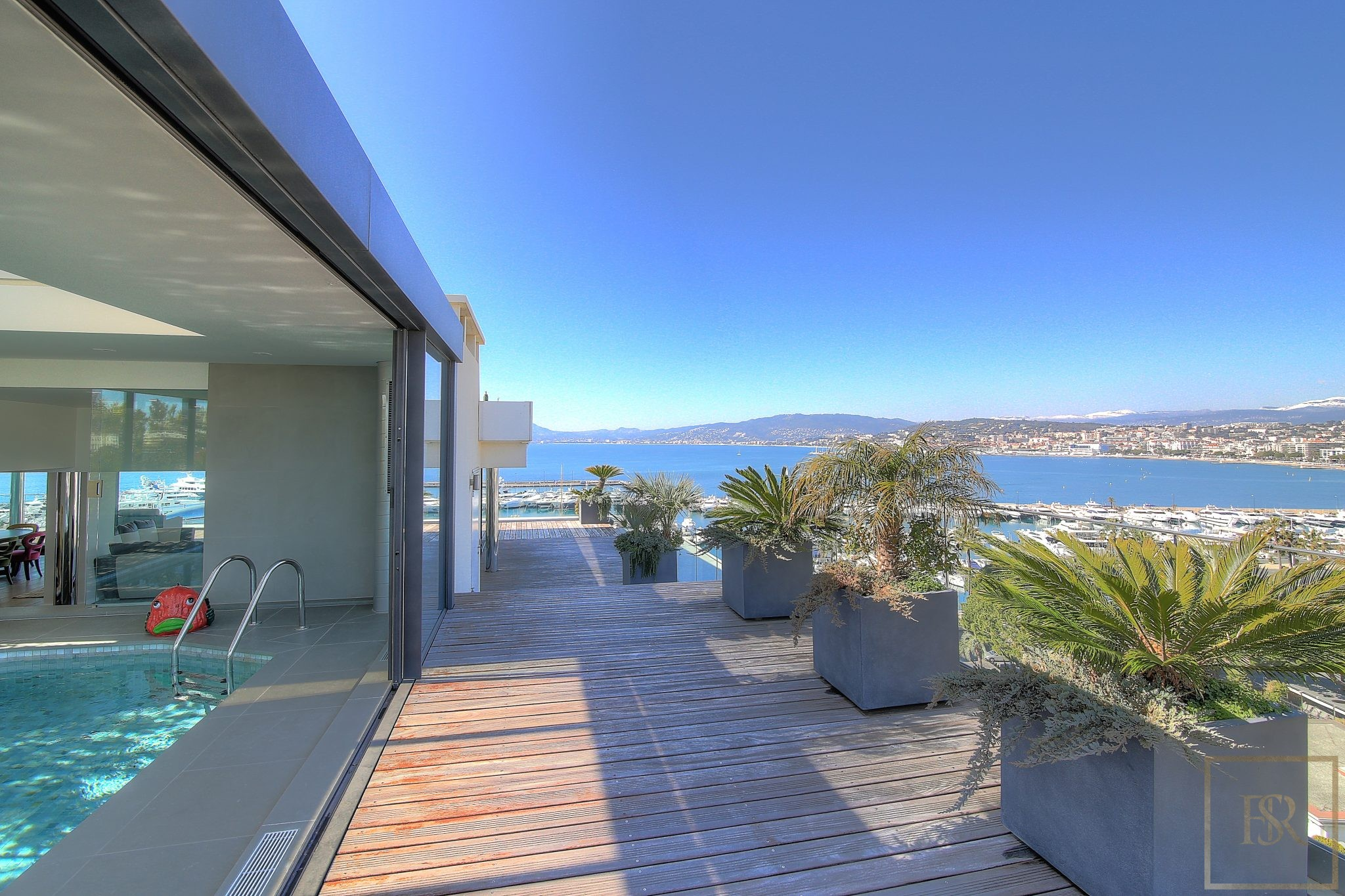 """Penthouse Duplex 5 BR Swimming Pool """"Croisette"""" - Cannes, French Riviera rental For Super Rich"""