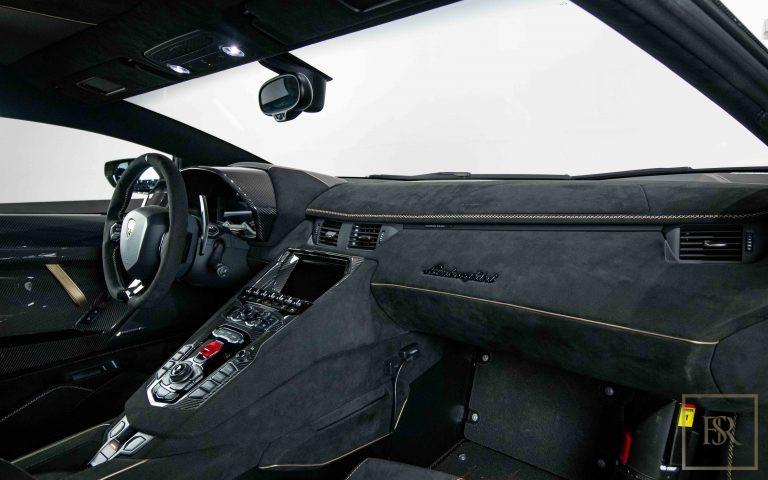 2020 Lamborghini AVENTADOR SVJ buy for sale For Super Rich
