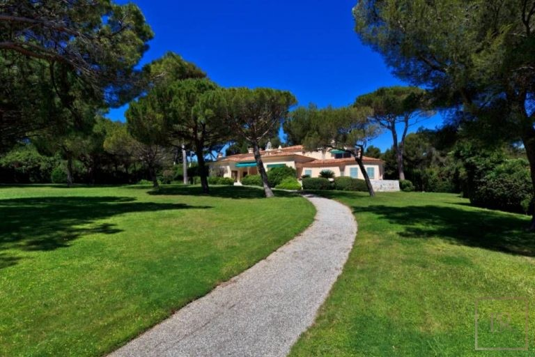 Ultra luxury property Cap d'Antibes France for rent holiday French riviera