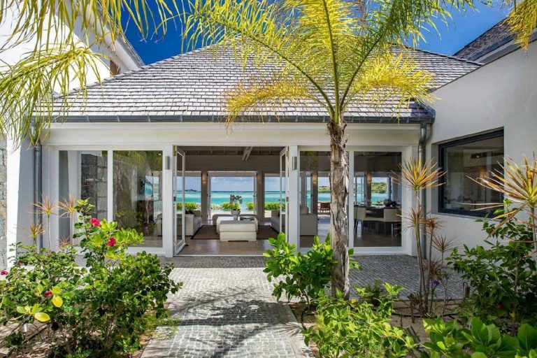 Most expensive luxury villa St Barth - Grand Cul de Sac St Barth St. Barthélemy for rent holiday