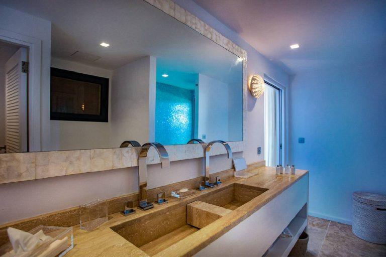 Villa Aqua 6 BR - Grand Cul de Sac, St Barth / St Barts property rental For Super Rich