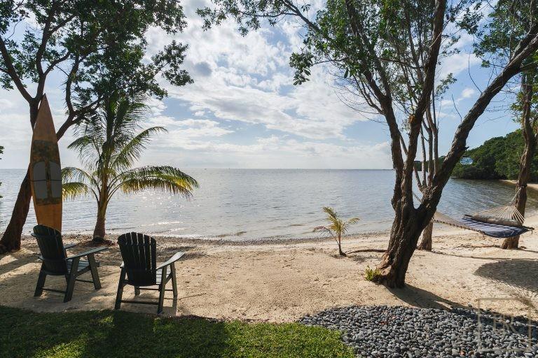 For super rich buy ultra luxury villa Miami USA for sale