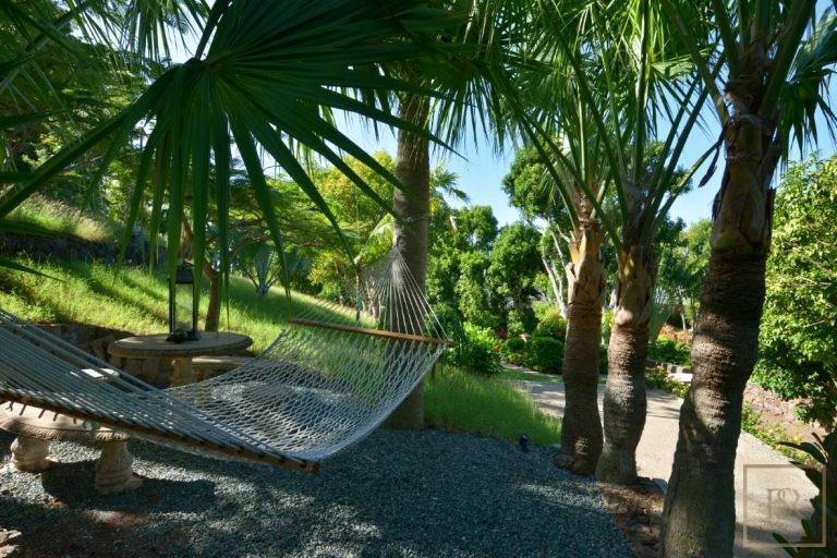 For super rich luxury home, house, property, villa St Barth - Lorient St Barth St. Barthélemy for sale