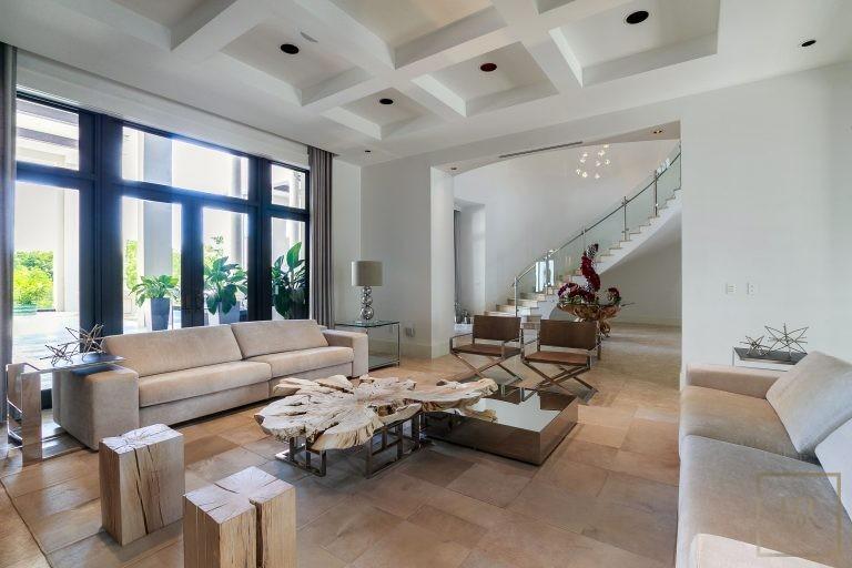 Ultra luxury prestigious villas Miami USA for sale