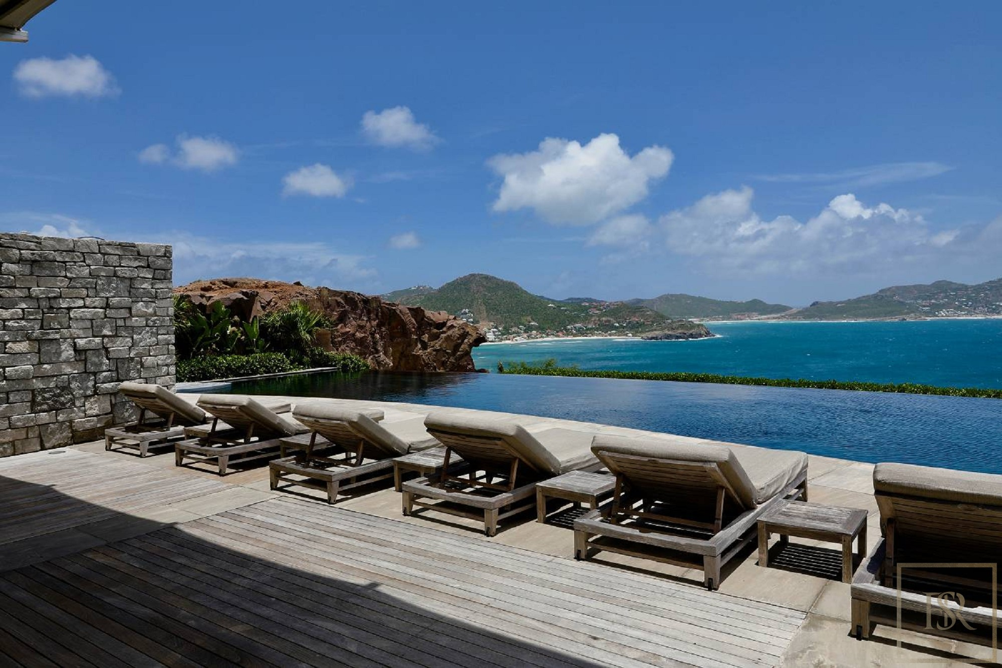For super rich ultra luxury real estate properties homes, most expensive houses, rent unique penthouse apartment and ultimate villa in St Barth - Pointe Milou St Barth St. Barthélemy for rent holiday