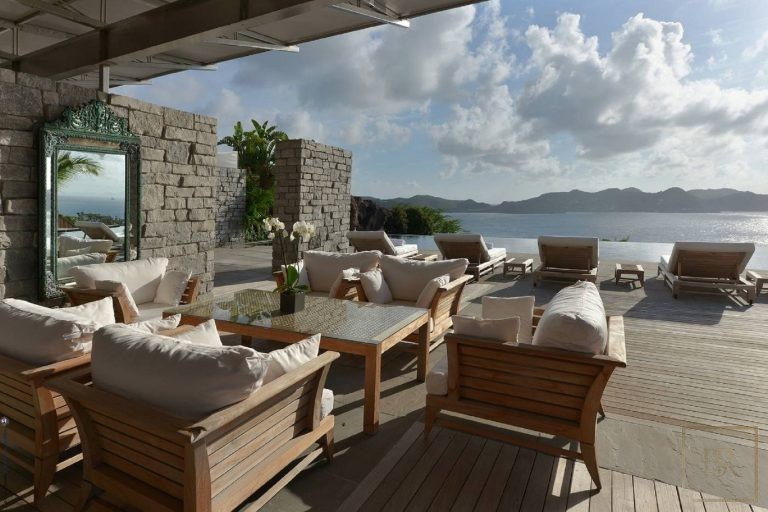 For super rich ultra luxury Villa St Barth - Pointe Milou St Barth St. Barthélemy for rent holiday