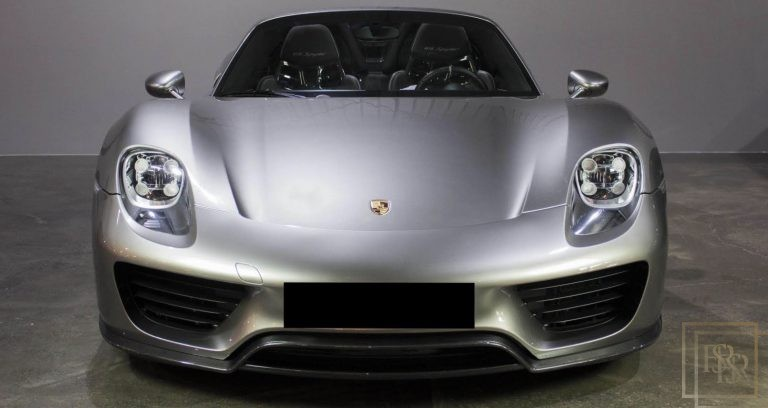 2015 Porsche 918 SPYDER Silver  for sale For Super Rich