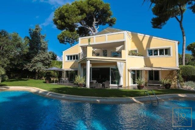 Villa Contemporary 6BR - Cap d'Antibes, French Riviera for sale For Super Rich