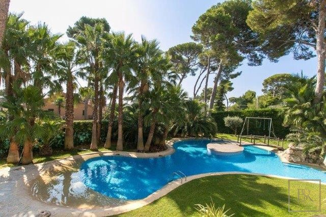 Villa Contemporary 6BR - Cap d'Antibes, French Riviera property for sale For Super Rich