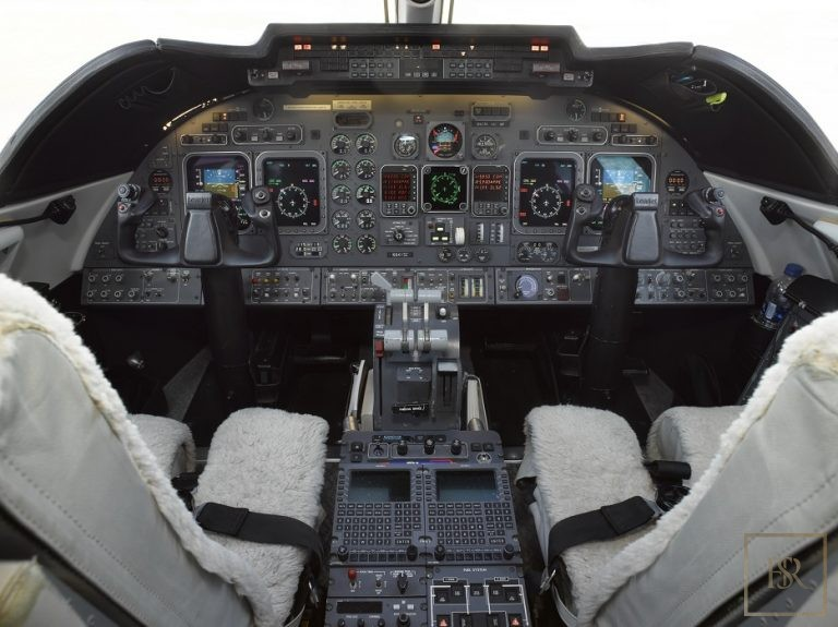Luxury private jets Gulfstream for sale for super rich