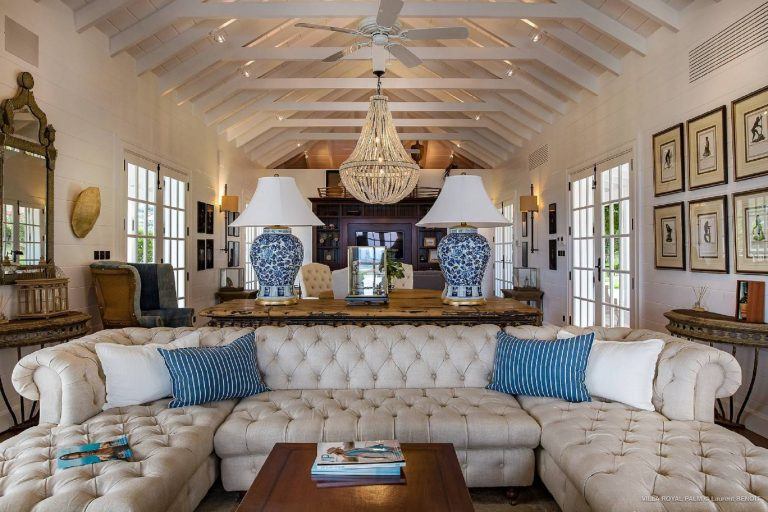 For super rich luxury real estate St Barth - Marigot  St Barth St. Barthélemy for rent holiday