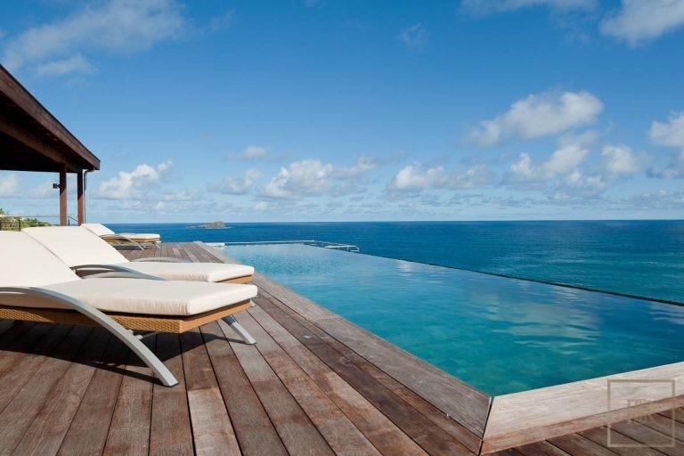 For super rich luxury villa St Barth - Pointe Milou St Barth St. Barthélemy for sale