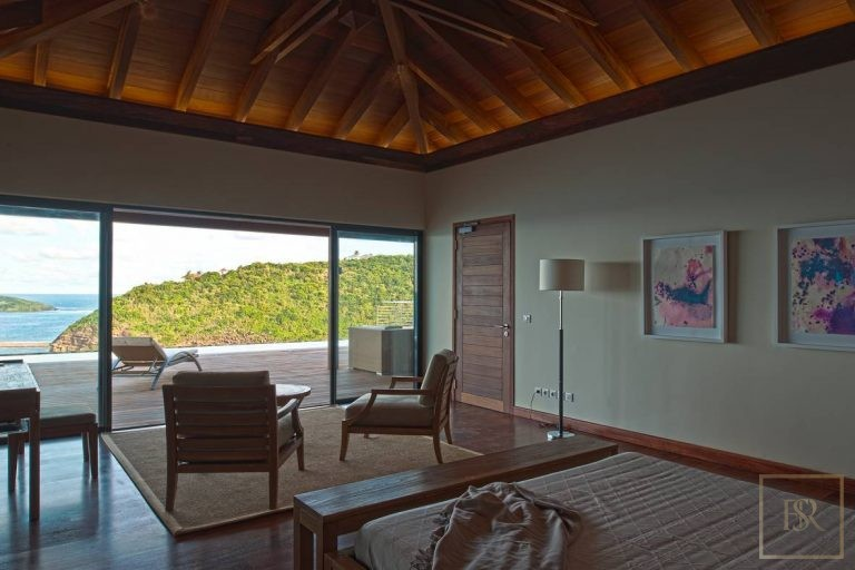 For super rich ultra luxury real estate St Barth - Pointe Milou St Barth St. Barthélemy for sale