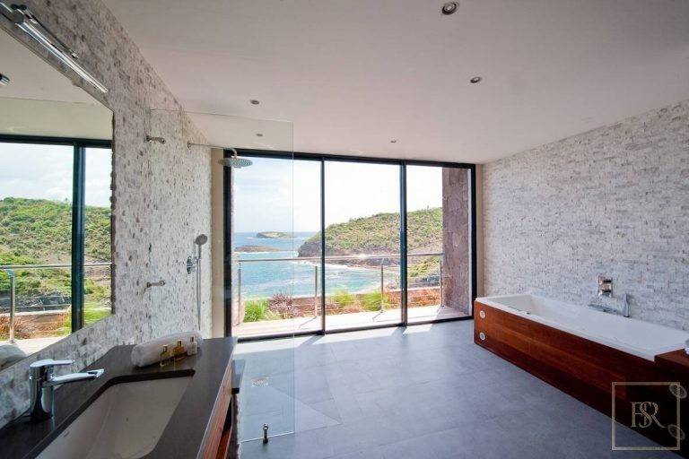 For super rich luxury real estate St Barth - Pointe Milou St Barth St. Barthélemy for sale