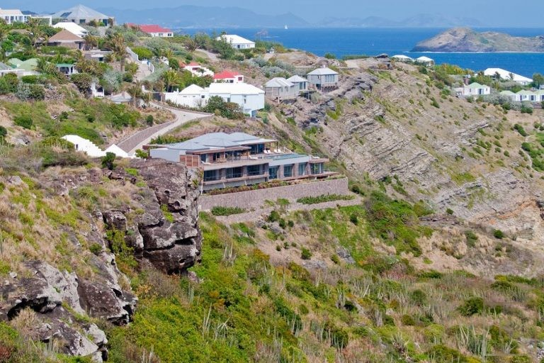 For super rich luxury homes, houses, properties, villas St Barth - Pointe Milou St Barth St. Barthélemy for sale