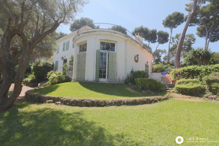 Villa Century - Cap d'Antibes, French Riviera buy for sale For Super Rich