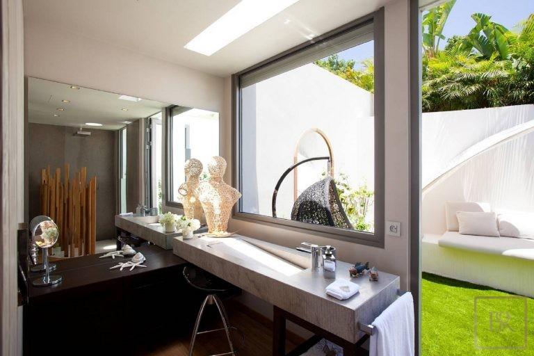 Villa Vitti 5 BR - Lurin, St Barth / St Barts search rental For Super Rich