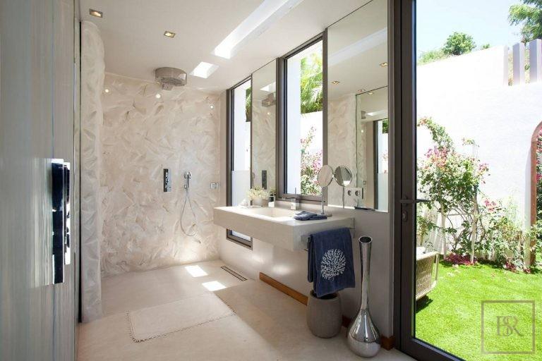 Villa Vitti 5 BR - Lurin, St Barth / St Barts price rental For Super Rich