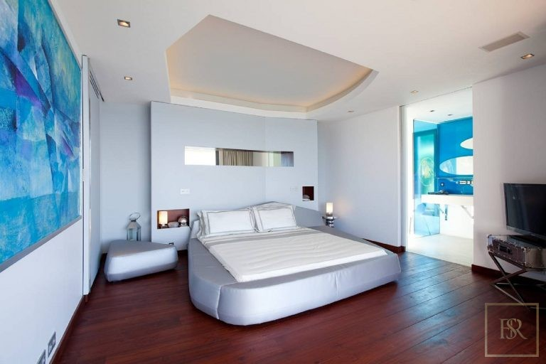 Villa Vitti 5 BR - Lurin, St Barth / St Barts Classified ads rental For Super Rich
