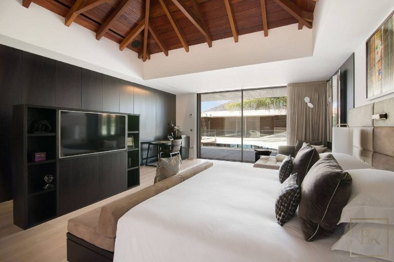 Villa Wake Up 6 BR - Flamand, St Barth / St Barts real estate rental For Super Rich