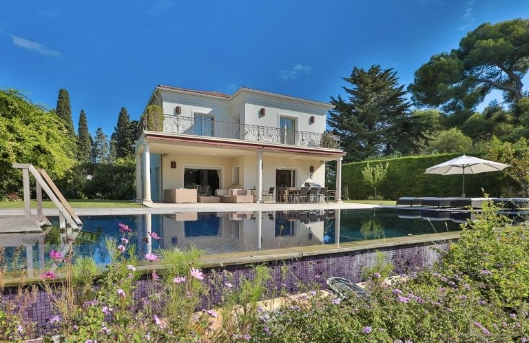 For super rich villa Cap d'Antibes France for sale French riviera