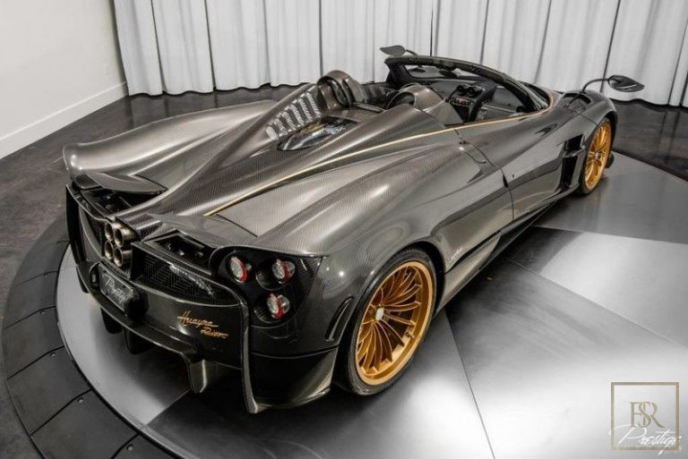 2017 Pagani HUAYRA 6.0L V12 for sale For Super Rich