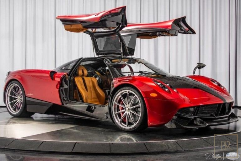 2014 Pagani HUAYRA Red for sale For Super Rich