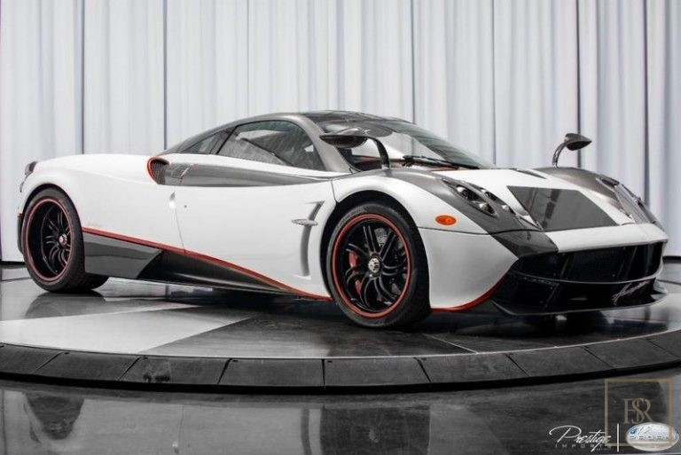 2016 Pagani HUAYRA luxury for sale For Super Rich