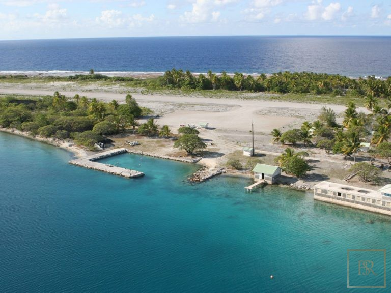 For super rich ultra luxury Villa Tuamotu Atoll Paradise with Private Airstrip French Polynesia for sale