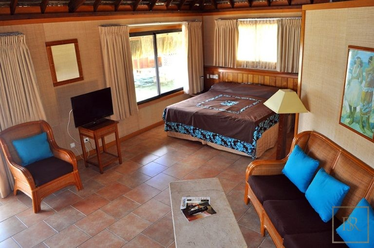 Ultra luxury home Huahine French Polynesia for sale