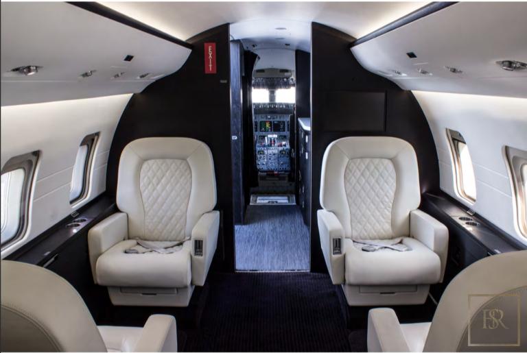 1999 Bombardier  Challenger 604 N555EF number for sale For Super Rich