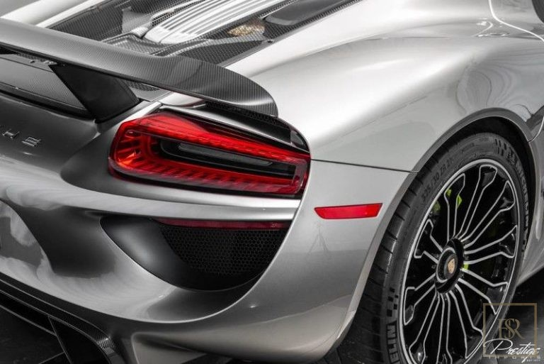 used Porsche 918 SPYDER for sale dubai