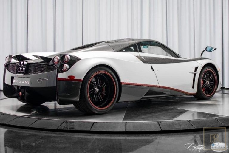 2016 Pagani HUAYRA buy for sale For Super Rich