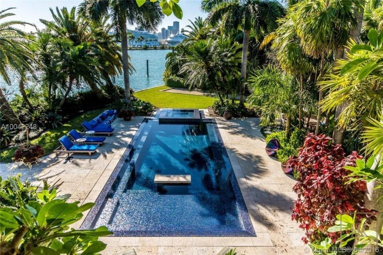 House PALM ISLAND 16 Palm Ave - Miami Beach, USA buy for sale For Super Rich
