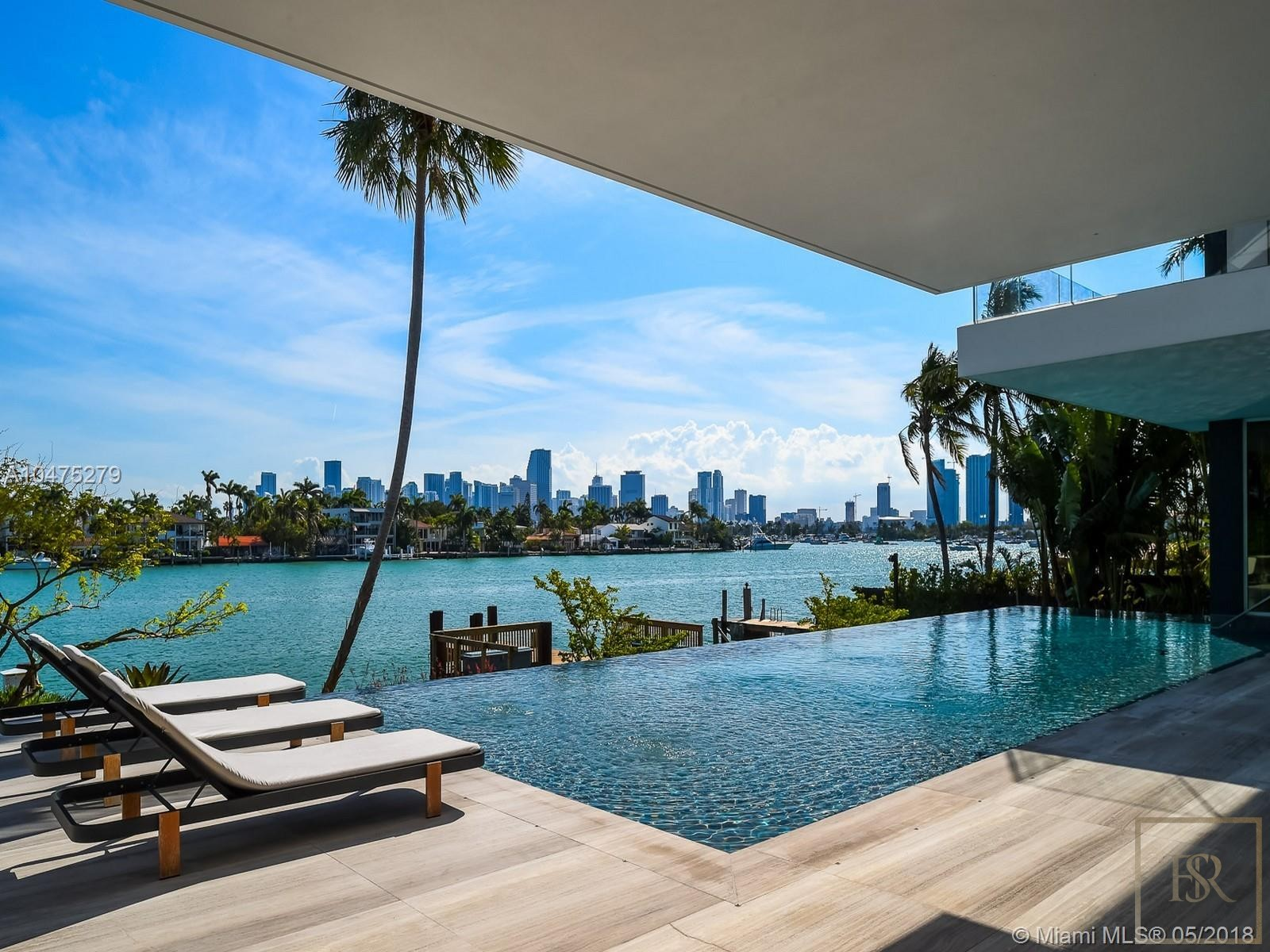 House HIBISCUS ISLAND 370 S Hibiscus Dr - Miami Beach, USA for sale For Super Rich