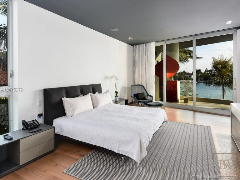 House HIBISCUS ISLAND 370 S Hibiscus Dr - Miami Beach, USA real estate for sale For Super Rich