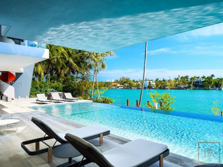 House HIBISCUS ISLAND 370 S Hibiscus Dr - Miami Beach, USA buy for sale For Super Rich