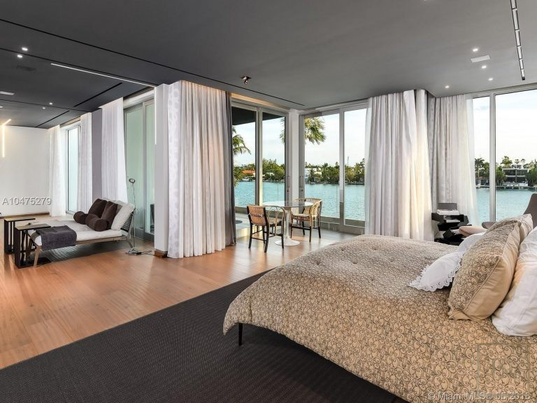 House HIBISCUS ISLAND 370 S Hibiscus Dr - Miami Beach, USA ultra luxury for sale For Super Rich
