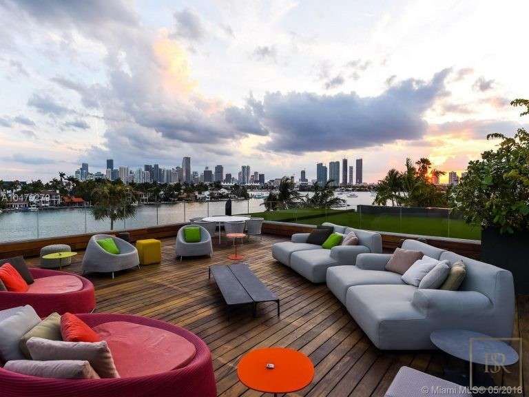 House HIBISCUS ISLAND 370 S Hibiscus Dr - Miami Beach, USA expensive for sale For Super Rich