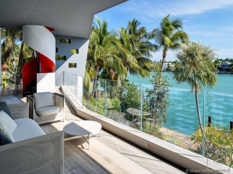 House HIBISCUS ISLAND 370 S Hibiscus Dr - Miami Beach, USA search for sale For Super Rich